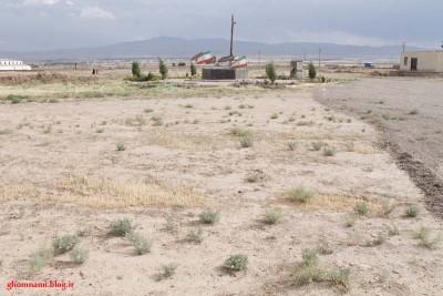 گزارش تصویری از  وضعیت نامناسب  گلزار شهدای گمنام خوزنین/ گمنامی شهدای گمنام خوزنین/ سری 2