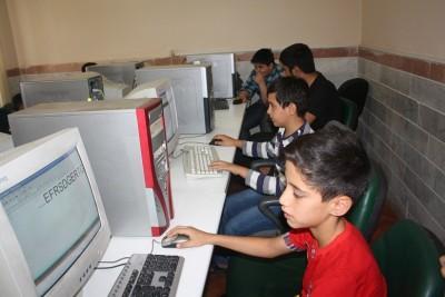 گزارش تصویری از شور و نشاط دانش آموزی در کلاس های تابستانی کانون اندیشه بوئین زهرا