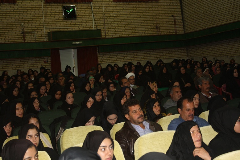 جمعه ای متفاوت برای دانش اموزان کنکوری شهرستان بوئین زهرا رقم خورد