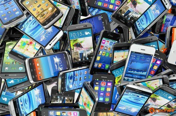 دستگیری یک سارق در بخش دشتابی و کشف ٥٠ دستگاه گوشی تلفن همراه