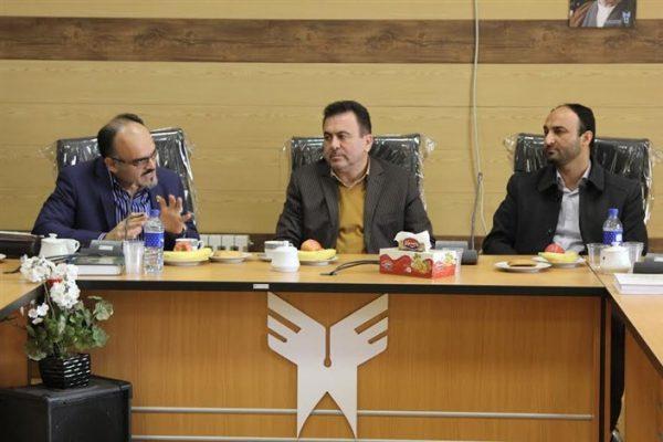 نشست گروه حقوق دانشگاه آزاد اسلامی واحد بوئین زهرا برگزار شد