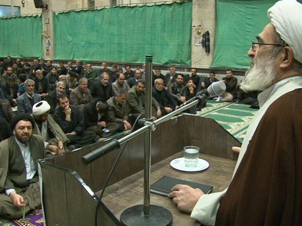 مراسم بزرگداشت رحلت آیتالله هاشمی رفسنجانی در مسجد جامع شهر شال