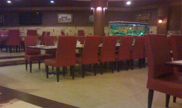 رستورانی در بوئین زهرا به علت تخلف به جریمه نقدی محکوم شد