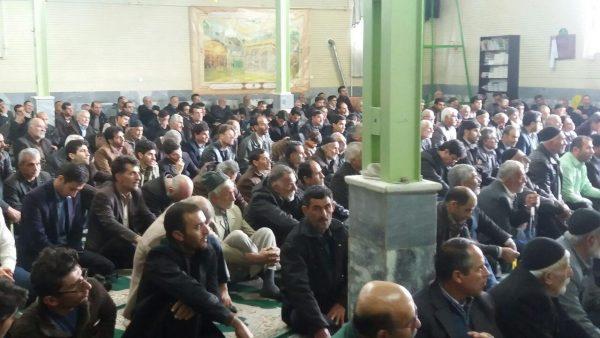 امام جمعه شهر ارداق : امروز همه ما آمدیم تا مشت دیگری باشیم بر دهان استکبار