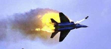 جنگنده متجاوز اسراییلی با موشک پدافندی سوریه سرنگون شد