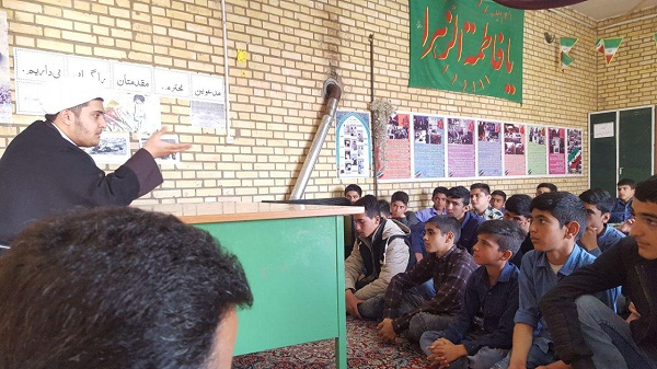 برگزاری جشن دانش آموزی ولادت امام علی(ع) در شال