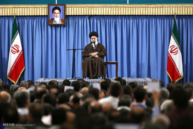 در یک منطقه ناامن،ایران با امنیت و آرامش مشغول تدارک انتخابات است