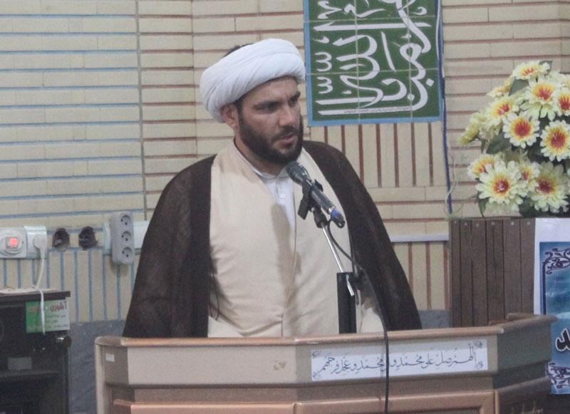 صهیونیست ها از اتحاد مسلمانان واهمه دارند لذا از هرتلاشی برای تفرقه بین مسلمین حمایت می کنند