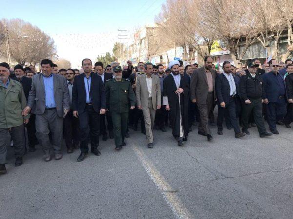 22 بهمن تماشایی در شهرستان بوئینزهرا برگزار شد